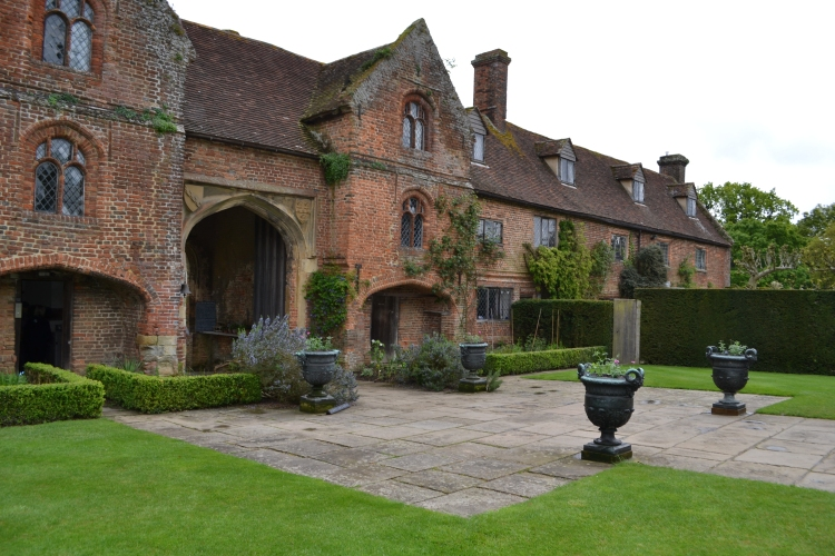 The front of Sissinghurst showing the Donkey beds edged with box.