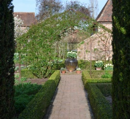 Looking in from the Long Yew Walk