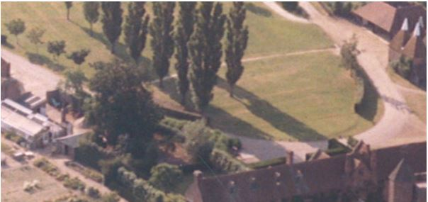 In 1983 the original hedge of 1937 can still be seen along with the cornus planting with a bare strip in front.