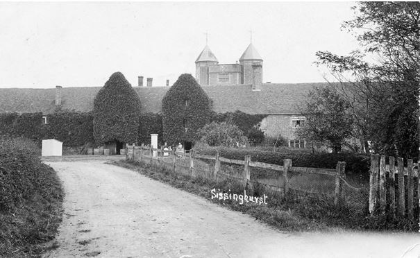 Driveway and fence, photo taken 1930-32
