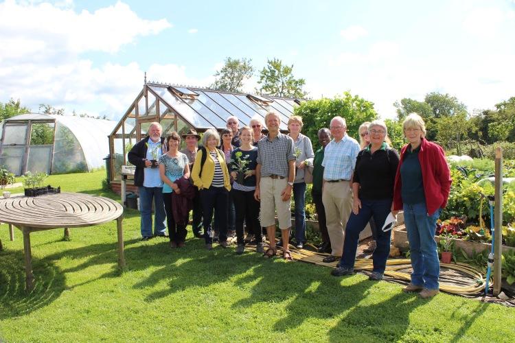 Sissinghurst Veg team meet Charles Dowding. Happy no-dig veg gardeners!